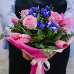 Привітання з днем народження начальника, чоловікові, жінці в прозі, своїми словами, українською мовою